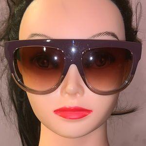 Accessories - Burgundy sunglasses